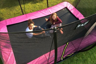 How do you dig in a trampoline?