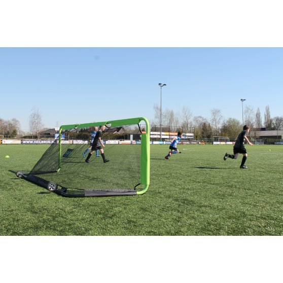 41.20.11.00-exit-gio-steel-football-goal-300x100cm-set-of-2-green-black-9