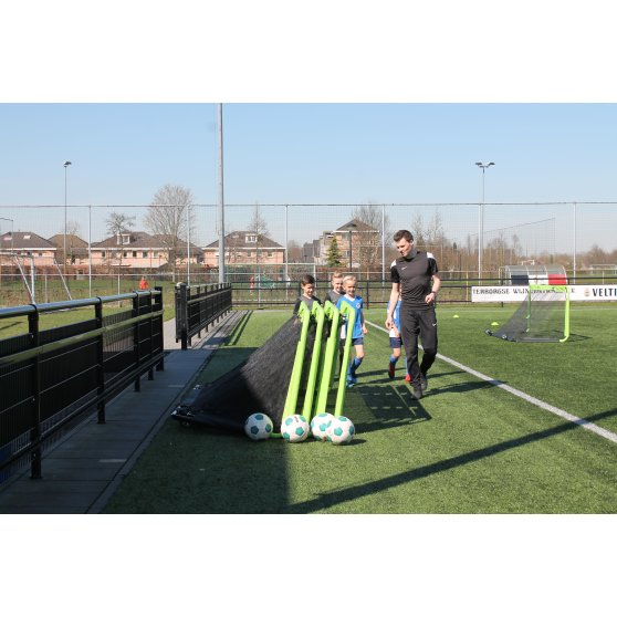 41.20.11.00-exit-gio-steel-football-goal-300x100cm-set-of-2-green-black-5